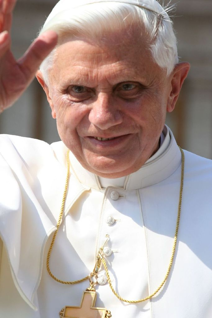 Em. Papst Benedikt XVI.